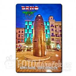 Magnetka Náměstí svobody, obelisk - hodinový stroj
