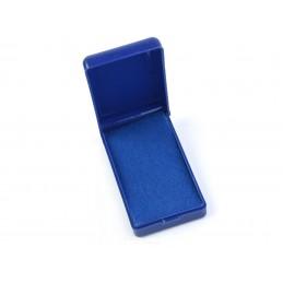 Plastová podlouhlá krabička...